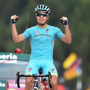 Mikel Landa celebrates victory on Stage 11