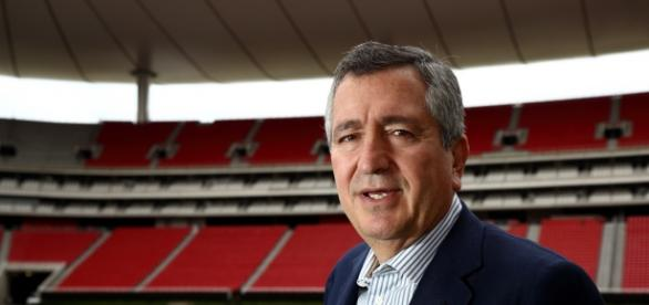 Jorge Vergara ve favoritas a las Chivas