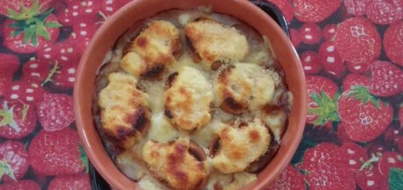 Zuppa di cipolle dalle origini italiane