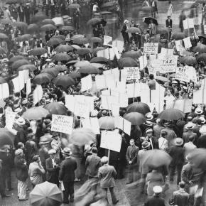 Protest przeciwko bankom w latach 30-tych XX wieku