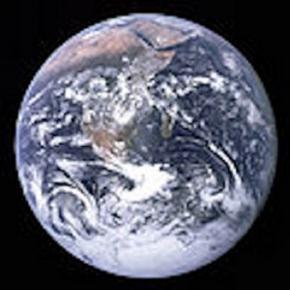 Earth as seen by Apollo 17 (credit NASA)