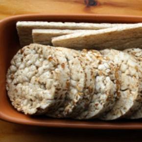 Gallette di riso: fanno davvero male?