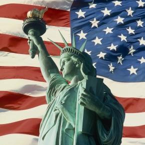 Muitos estudantes focam no inglês americano.