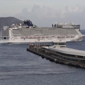 O gigante navio da Norwegian Cruise Lines