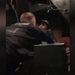 Videosequenz: Polizei packt einen Asylanten im Bus