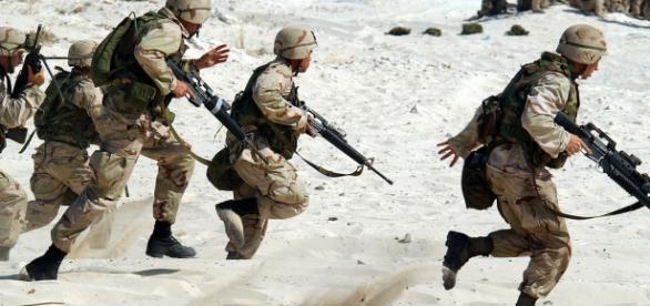 Amerykańcy żołnierze w akcji (pixabay.com)
