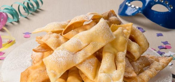 Ricette Carnevale: chiacchiere fritte e al forno