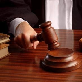 Symbolbild: Urteilsverkündung durch den Richter