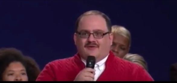 Ken Bone, la star du deuxième débat électoral américain.