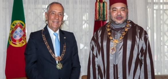 Marcelo surge na imagem ao lado de Mohammed VI