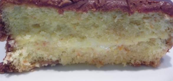 La torta maxi fiesta ripiena di crema.
