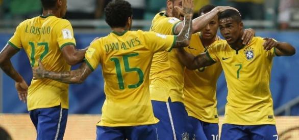 O Brasil lidera o grupo da CONMEBOL após a vitória por 0-2 na Venezuela.
