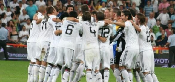 Real Madrid vs Legia [image: upload.wikimedia.org]