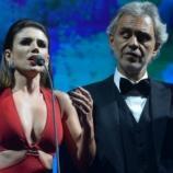 O dueto de Paula com Andrea foi um vexame fora de proporção, o vídeo é exibido em todo o mundo.