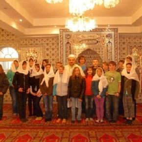 Schüler der Graf-Anton-Schule Wadern besuchen Moschee in Merzig