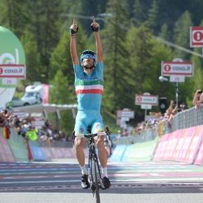 Ciclismo: Vincenzo Nibali prenota il suo 2017