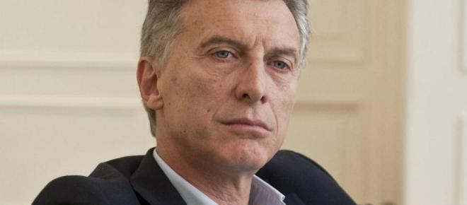 Macri expropió fondos para sector científico tecnológico, salud y educación pública