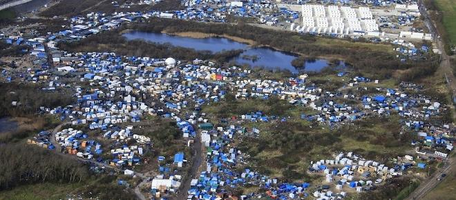 Les migrants de la Jungle de Calais évacués ce lundi 24 octobre 2016