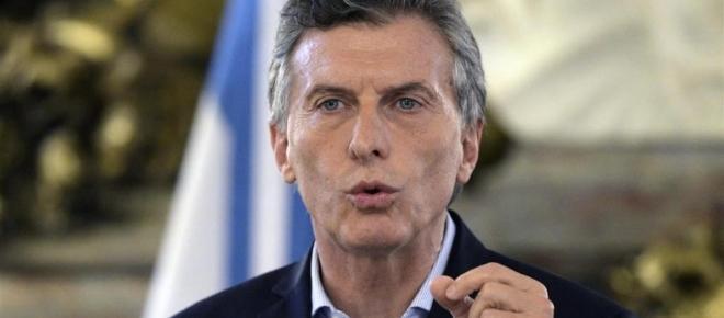Con ilícitos Macri apura privatización de Aerolíneas