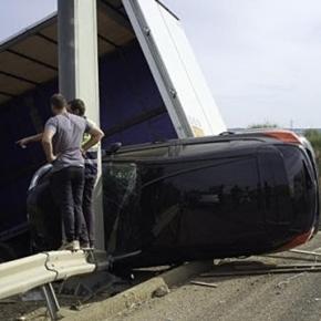 Pesado conduzido por português transportava automóveis e electrodomésticos