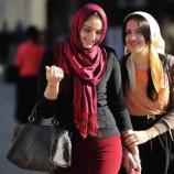 Muslim Girls in Russia on Wearing Hijab, Loving, Refuting ISIL - sputniknews.com