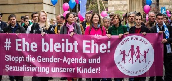 Nächste Demo GEGEN Frühsexualisierung | www.archeviva.com - archeviva.com