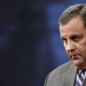 Huckabee and Christie roll their eyes at Carson's claims of media ... - dailykos.com