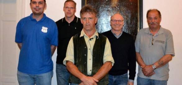 Falkenberger Vereine spenden für Missionsprojekt: Hilfe zur ... - onetz.de
