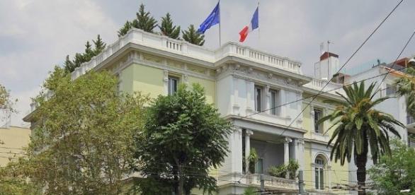 L'ambassade française vandalisée à Athènes - sputniknews.com