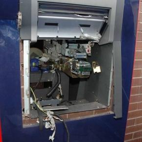 Dramatic footage shows gang BLOWING UP cash machines using 'gas ... - mirror.co.uk