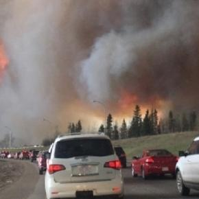 Alberta Wildfires (Credit: DarrenRD - wikimedia.org)