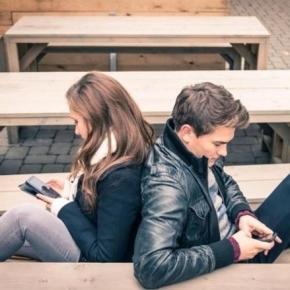 Como fazer para o seu 'flerte' ganhar asas pelo 'WhatsApp'?