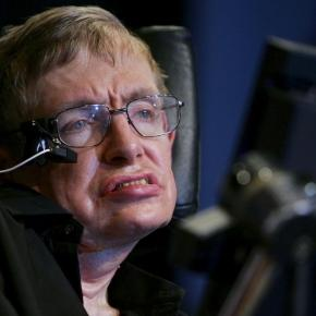 Stephen Hawking makes bold statement for how we save the human race / Photo by Cancan Chu, Blasting News library