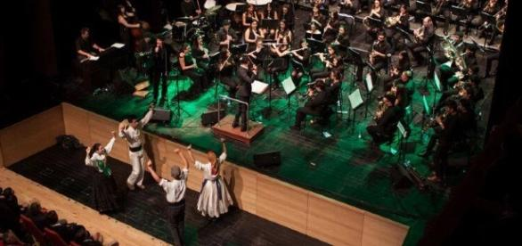 Vitorino & Banda de Antas em concerto na Póvoa de Varzim.