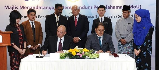 Malaysia's Ministry of Education signs MoU with Microsoft to support ICT driven teaching