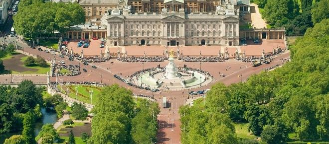 Buckingham Palace's £369m royal refurbishment - Is it worth it?