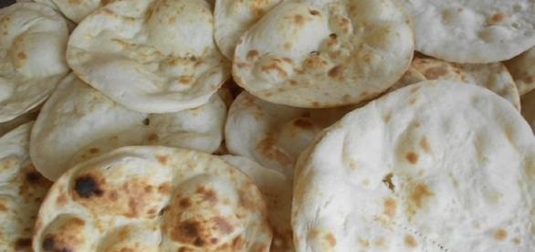 Round Rotis: Photo Credit: Wikipedia.com