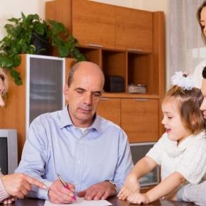 Eltern - das unterschätzte Armutsrisiko.