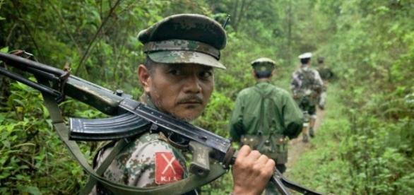 The Federalist: Is China running guns to rebels in Myanmar (Burma)? - blogspot.com