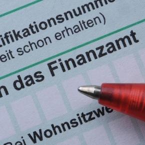 Wolfgang Schäuble lockt 2017 mit Steuerentlastung - n-tv.de