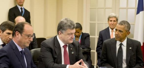 Sommet de l'Otan: Porochenko promet un cessez-le-feu en Ukraine ... - rfi.fr