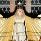 Christkind Barbara eröffnet Nürnberger Christkindlesmarkt | Bayern - merkur.de