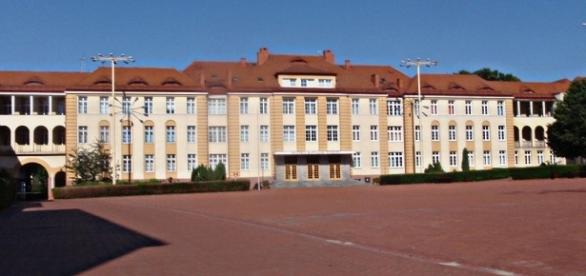 Die ehemalige Kaserne der polnischen Kriegsmarine, Gdingen. CC-BY 3.0 Bild: Krzysztof Maria Różański