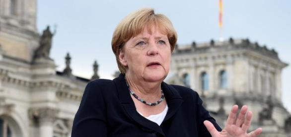 Hält sich inzwischen für die Auserwählte: Frau Merkel.