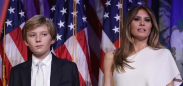 Melania and son Barron Trump weather a lot today! Photo: Blasting News Library ..- inquisitr.com