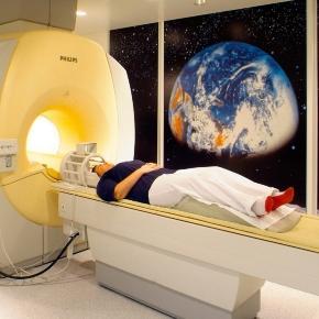 """Viele Menschen haben Angst vor der """"Röhre"""". Dabei ist ein MRT keine große Sache."""