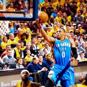Russel Westbrook going strong to the basket