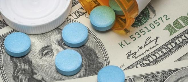 Deux étudiants clonent un coûteux médicament contre le SIDA pour seulement 20 dollars