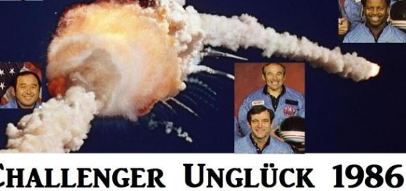 Explosion der Challenger 1986 mit den 7 Astronauten