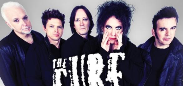 Os The Cure vão regressar a Portugal.